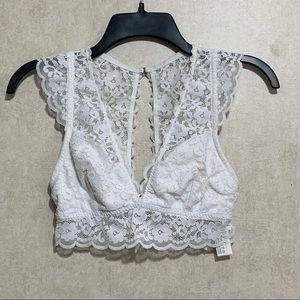 🆑5/$25 Gilly Hicks Sydney Bandeau Bralette Lace